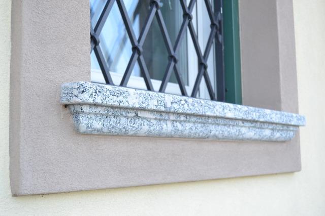 orn 1 DSC_0183 - part finestra bagno est
