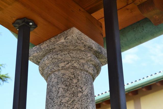 orn 1 DSC_0398 - colonna ingresso